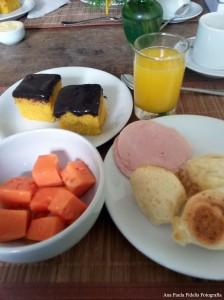 cafe-da-manha-self-service